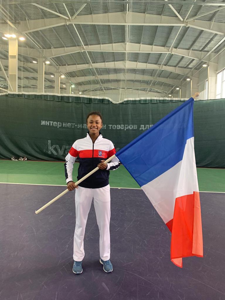 Maelie MONFILS Sélectionnée en équipe de France U14 pour les championnats d'Europe individuels et collectifs au mois de juillet Bénéficiaire d'une wild card pour Roland Garros juniors en qualifications